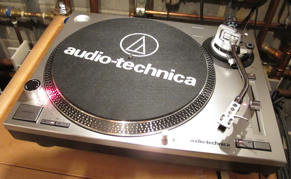 The Audio Technica At Lp120 Usb Turntable Shames The