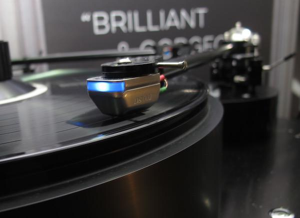 DS Audio Introduces $5000 Optical Phono Cartridge Plus Power Supply