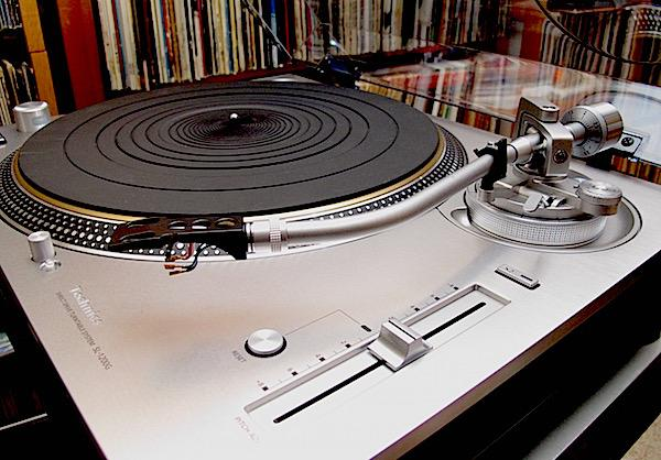 The Technics SL-1200G Direct Drive Turntable