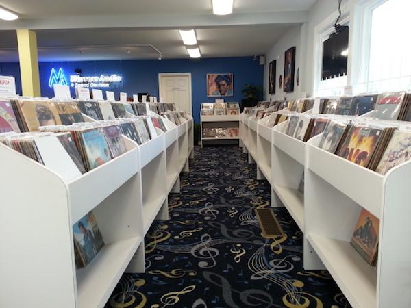 """Cable Manufacturer Morrow Audio Lures """"the kids"""" With Used Records!"""