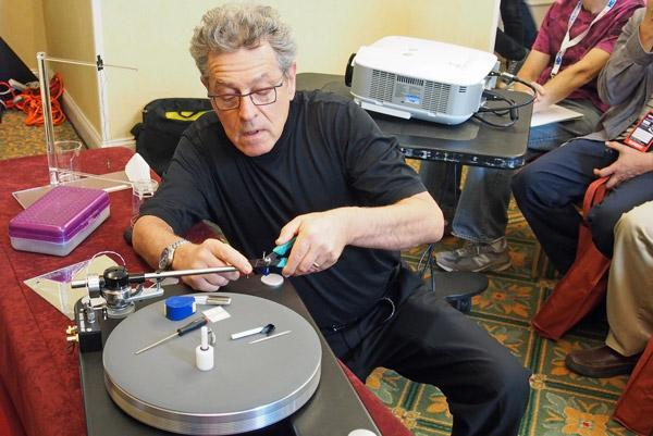 A late Sunday seminar (200-300PM) usually draws fee attendees. Most people have already gone home and those that remain are more interested in seeing ...  sc 1 st  Analog Planet & Two Well-Attended Turntable Set-up Seminars | Analog Planet