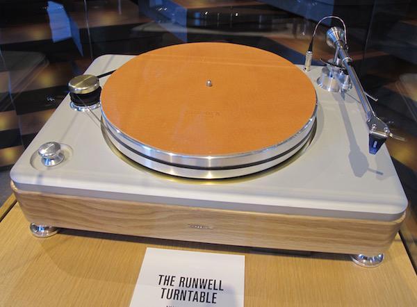 Shinola Launches New Runwell Turntable