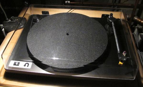U-Turn's Remarkable $179 Orbit Turntable is A Crosley Killer